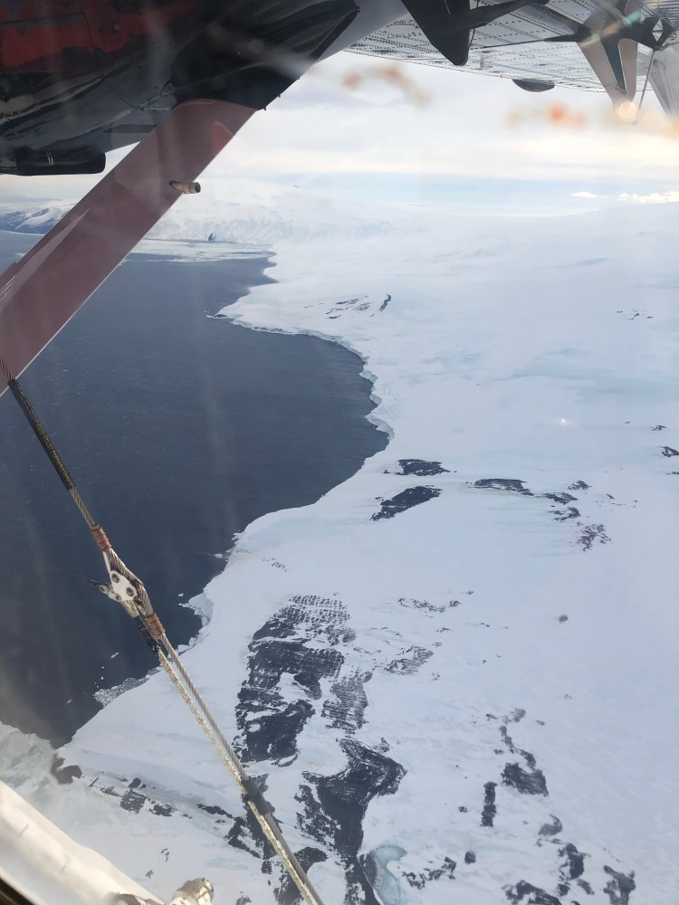 Transition from tundra to the Ross Sea