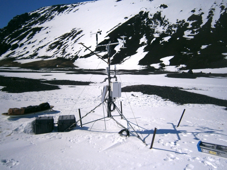 AWS weather station at Cape Hallett