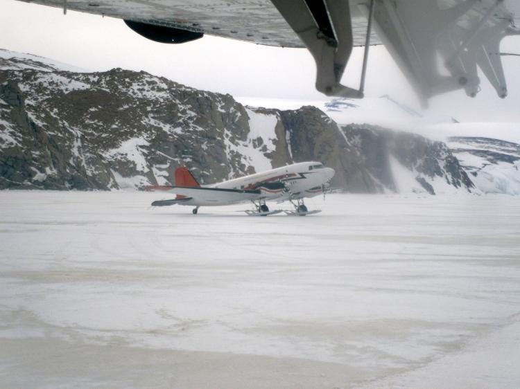 DC3-T Balser preparing for takeoff at Tera Nova